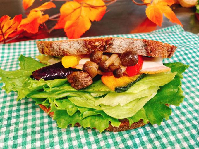 秋の農園サンド