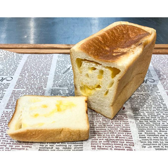 生食パン(チーズ)