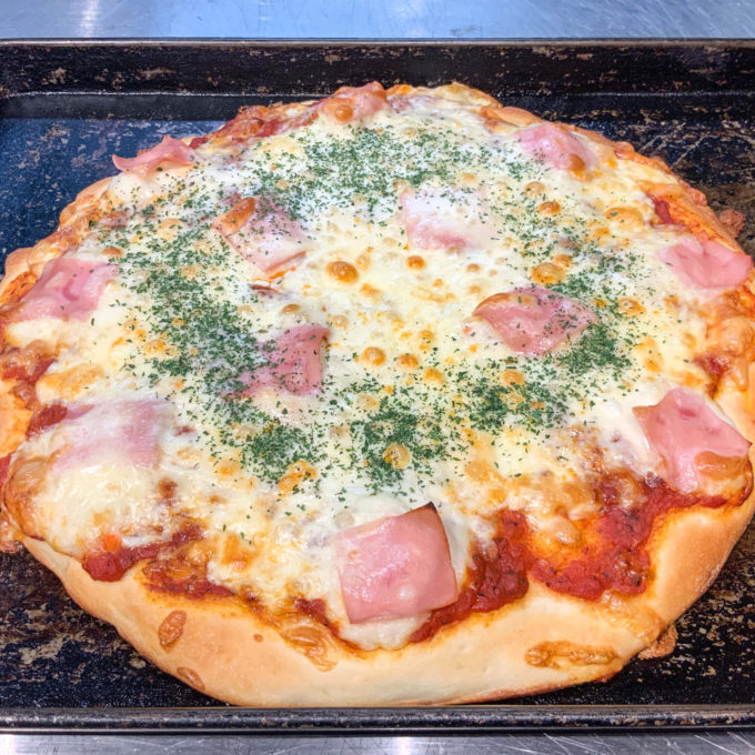 石窯ホールピザ